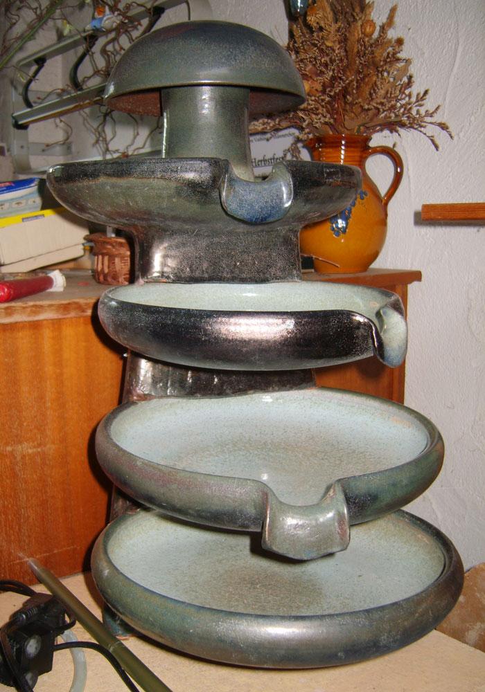 Keramik-Brunnen