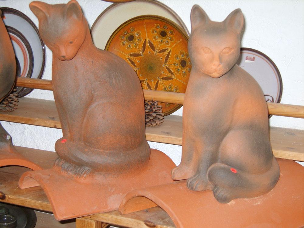 Keramik-Katzen